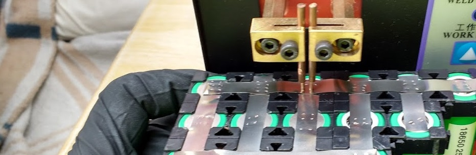 Je eigen accu of batterij maken van 18650 cellen